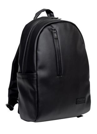 Чоловічий чорний вмісткий рюкзак