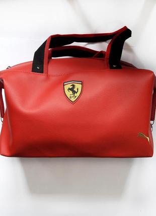 Красная женская спортивная сумка из экокожы