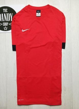 Мужская красная спортивная футболка nike dri-fit, размер l