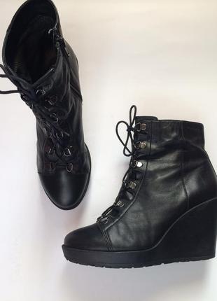 Кожаные деми ботинки, ботильоны vagabond 39 р.