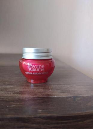 Крем l'occitane миниатюра 8 мл пион для идеальной кожи