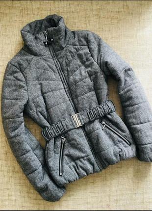 Модная куртка из мешковины