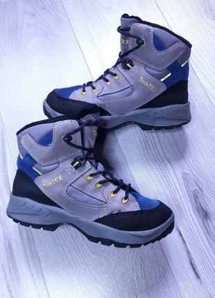 Зимние ботинки бренда ten tex.