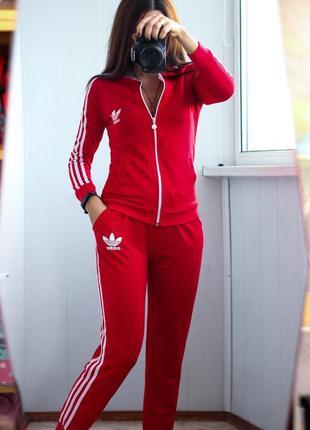 Спортивный костюм под adidas