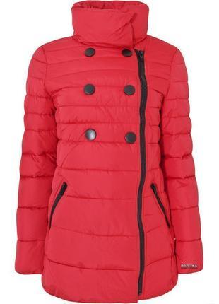 Пуховик одеяло куртка зимняя зефирка красная с чёрными пуговицами на молнии оджи oodji