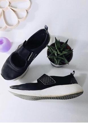 Комфортные кожаные туфли кроссовки на пенке clarks