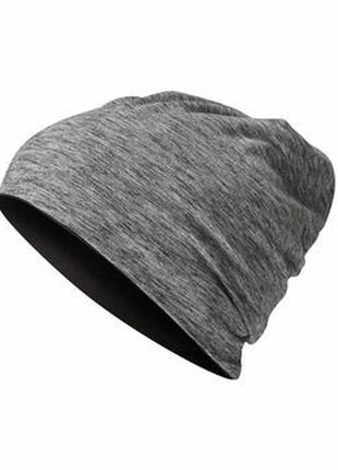 Модная универсальная двухсторонняя шапка tchibo