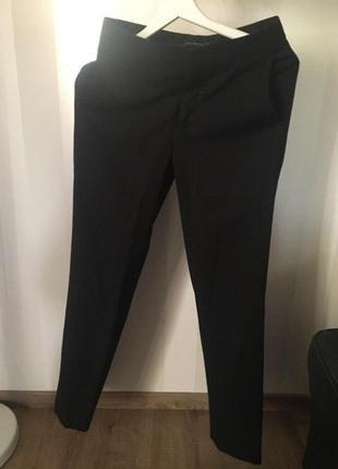 Черные зауженные брюки zara