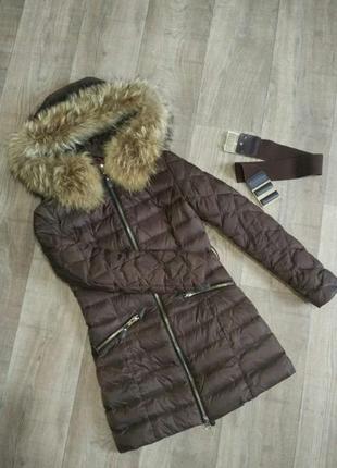 Куртка , пуховик с натуральным мехом