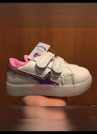 Новые кеды кроссовки для девочки.