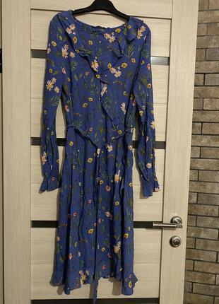 Летнее платье в цветочек tom tailor