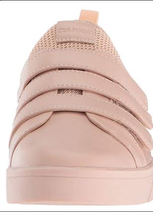 Пудровые туфельки на низком ходу от calvin klein, размер 42