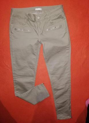 Стильные женские джинсы под кожу promod где-то на 38-40 р в отличном состоянии