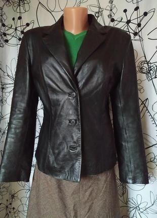 Итальянская кожаная куртка из 100%кожи мягкая лайковая