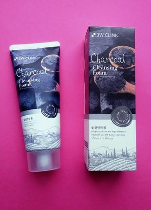 Пенка для умывания с черным углем 3w clinic charcoal cleansing foam, 100 мл