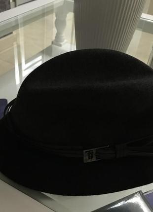 Итальянская шляпа капелюха trussardi