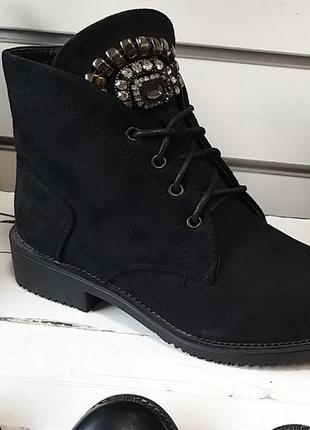 Ботинки черные. демисезон