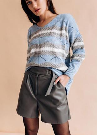 Вязанный свитер вязанная кофта оверсайз адурная вязка стильная модная трендовая
