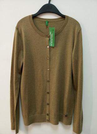Джемпер от итальянского бренда united colors of benetton
