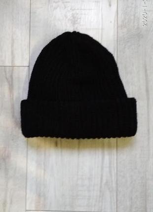 Объемная шапка крупной вязки на флисе