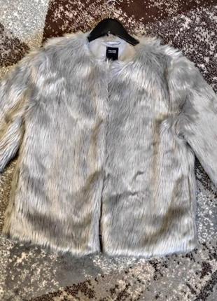 Шуба жилетка меж полушубок пальто куртка
