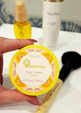 Витаминный крем для лица «папайя» essentials 36194 орифлейм oriflame оріфлейм