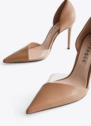 Кожаные бежевые туфли/лодочки uterque