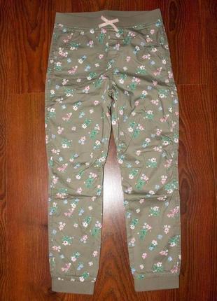 Штаны, джинсы, джоггеры коттоновые в цветочки на девочку 8-9 лет h&m новые