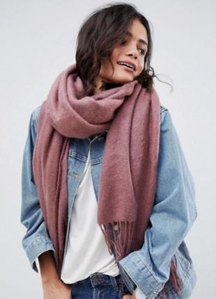 Большой розовый теплый шарф с белым палантин