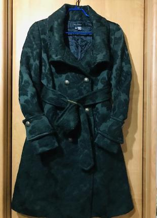 Тёплое пальто из натуральной шерсти изумрудного цвета ,невероятной красоты !