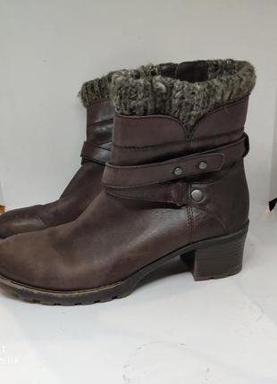 Кожаные деми ботинки 38,5 размер