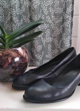 Розпродаж! стильные, из натуральной кожи туфли san marina