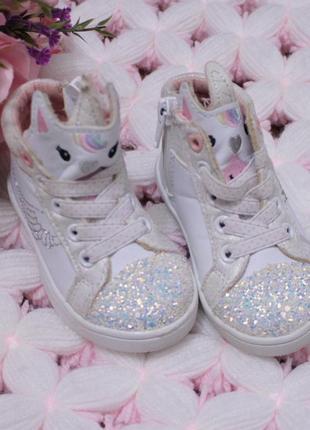 Мена крутые демисезонные ботинки кеды на малышку
