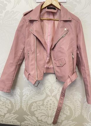 Костюм куртка косуха и юбка с высокой талией