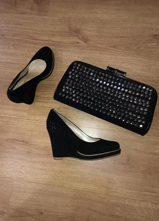 Новые замшевые туфли р 36