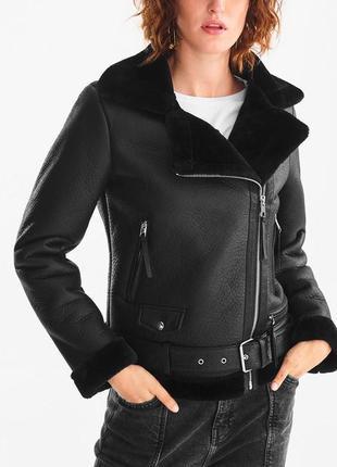 Чёрная фирменная дубленка косуха куртка на меху авиатор