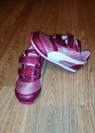 Блестящие кроссовки на девочку кросы