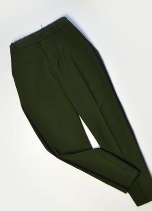 Плотные зеленые брюки с лампасами zara