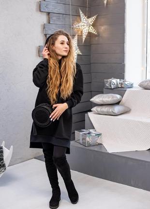 Теплое оверсайз платье-худи на флисе