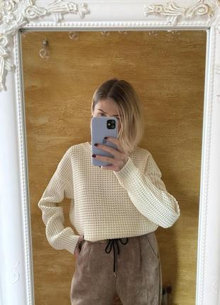 Молочный объемный свитер джемпер оверсайз от boohoo