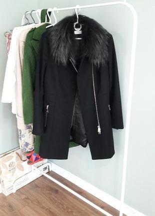 Пальто з натуральним хутром