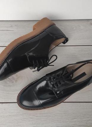 Фирменные мега стильные туфли оксфорды zara