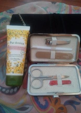 Подарочный маникюрный набор с кремом для рук yves roche