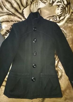 Пальто укороченое
