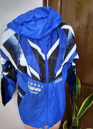 Спорт ,куртка