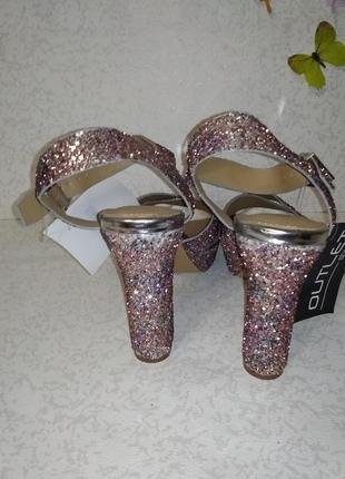 Нарядные босоножки в блесках head over heels (хед овер хилс) 40р3 фото