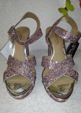 Нарядные босоножки в блесках head over heels (хед овер хилс) 40р6 фото