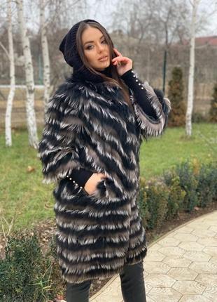 Пальто из меха чернобурки (шубка)