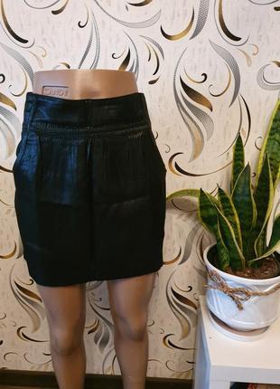 Крутая юбка мини с перламутром stradivarius m/l