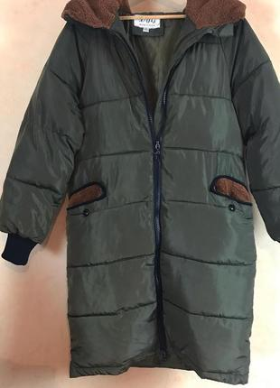 Пальто зимнее женской размер s-m